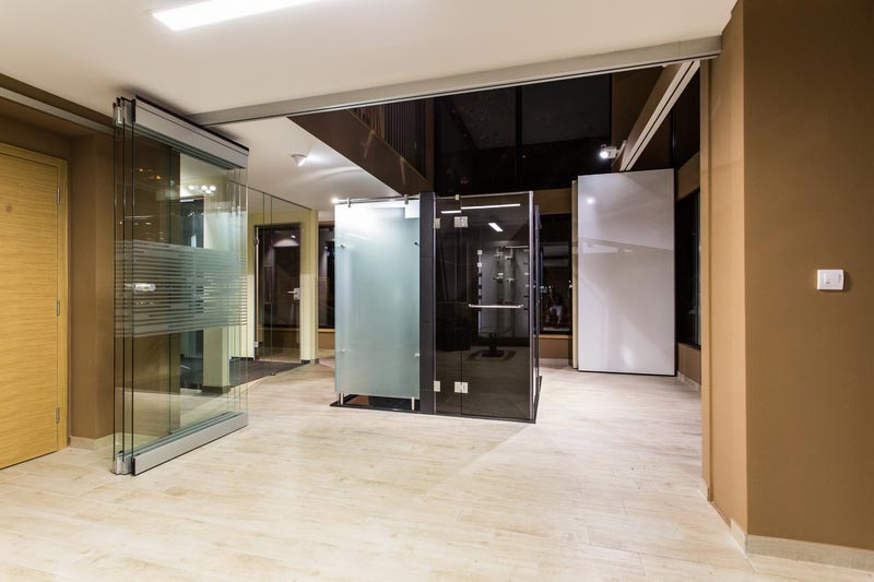 mont-glass-salon-1