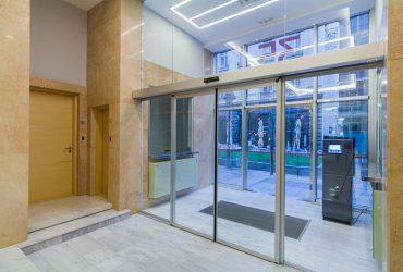 Automatska staklena klizna vrata