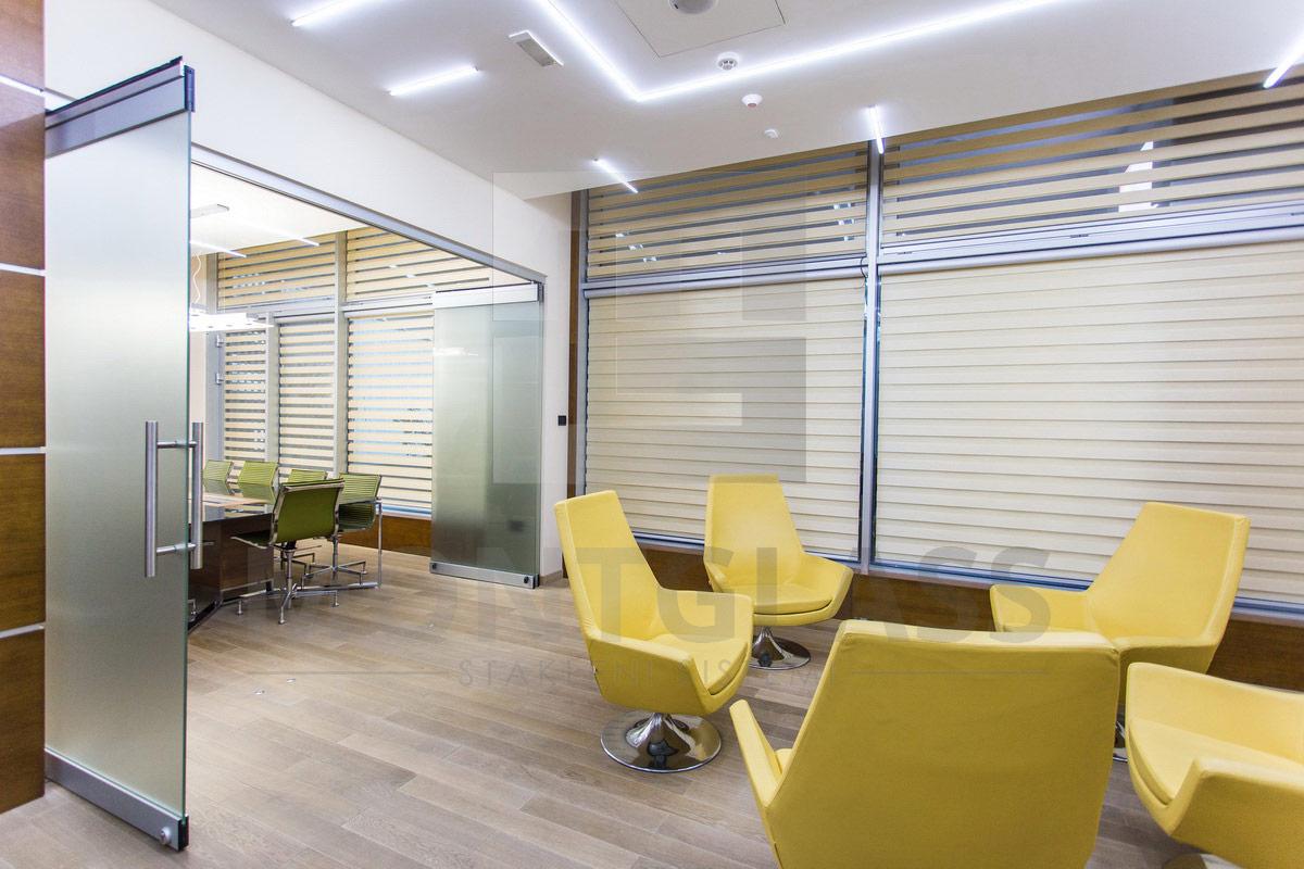 GLOSARIJ poslovni prostor Podgorica MGSW HSW stakleni klizni zidovi 6