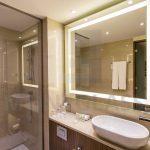HOTEL MARRIOT Beograd Ogledala sa led rasvetom