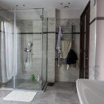 Privatni stan Beograd Staklena tus kabina 9